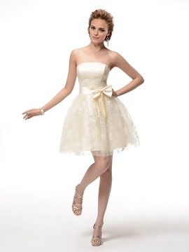 Fine Lace Strapless A Line Bowknot Short Sweet 16 Homecoming Dress