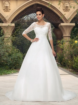 Dazzling Scoop Neck Lace Half Sleeve A Line Wedding Dress