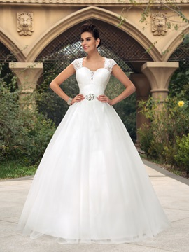 Elegant Sweetheart Sheer Lace Back Short Sleeve Floor Length Wedding Dress