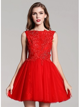 Fine Bateau Neckline Appliques A Line Short Red Homecoming Dress