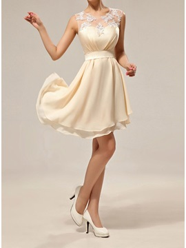 Simple Style Sheer Jewel Neck Chiffon Knee Length Short Bridesmaid Dress