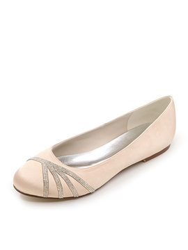 Cozy Beading Flat Bottom Wedding Shoes
