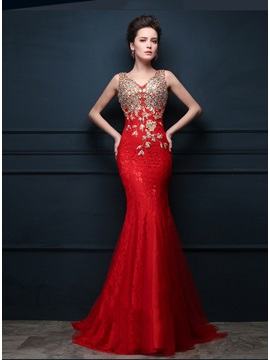 Amazing V Neck Straps Embroidery Lace Long Evening Dress