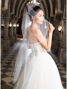 Simple Style Ivory Wedding Veil