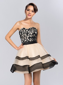 Chic A Line Sweetheart Appliques Beading Short Cocktail Dress