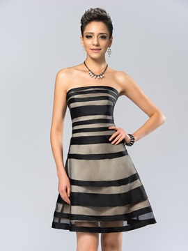 Modern Strapless Tiered A Line Zipper Up Short Cocktail Dress