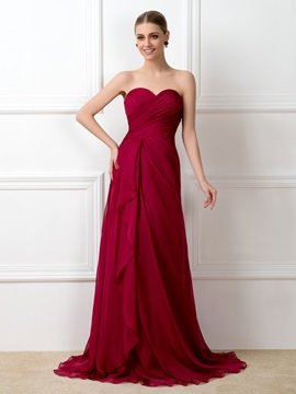 Eye Catching Ruched Sweetheart Red Chiffon Long Bridesmaid Dress