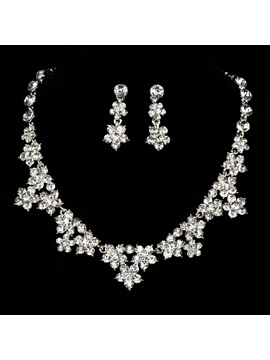 Fancy Flower Shaped Rhinestone Wedding Jewelry Set Including Necklace And Earrings