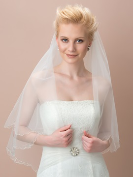Scalloped Edge Ivory Tulle Wedding Veil