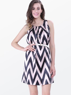 Chevron Print Sleeveless Shift Dress