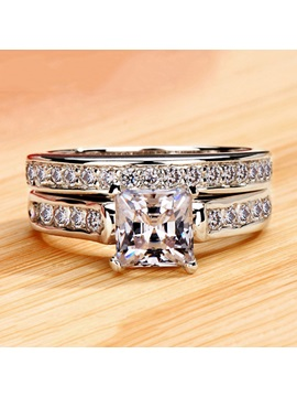 Stylish Nscd Diamond Shaped Square Pt950 Wedding Ring Set