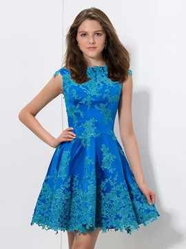 Attractive A Line Cap Sleeves Appliques Short Homecoming Dress