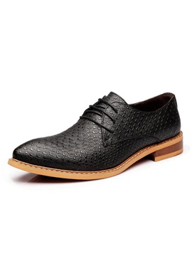 British Pointed Toe Embossed Mens Dress Shoes