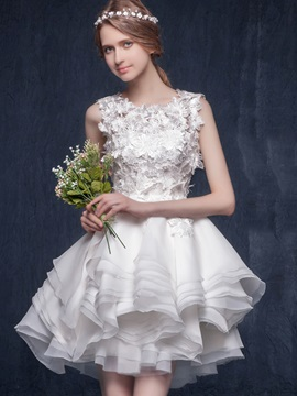 Chic Floral Lace Top Tiered Organza Ruffles Short Wedding Dress