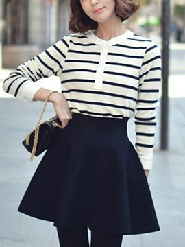 Solid Color Pleated Slim Skirt
