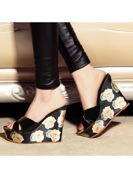 Floral Printed Slip On Wedge Sandals