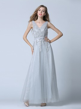 Fancy V Neck Appliques Bowknot Tulle Prom Dress