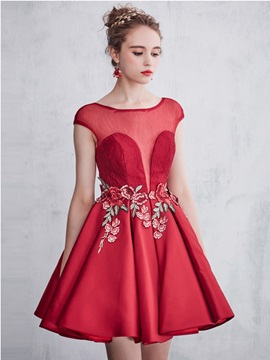 Illusion Neck Cap Sleeves Appliques Short Red Homecoming Dress