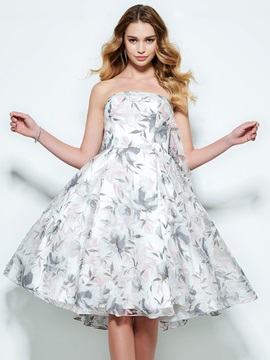 Pretty Strapless A Line Knee Length Print Homecoming Dress