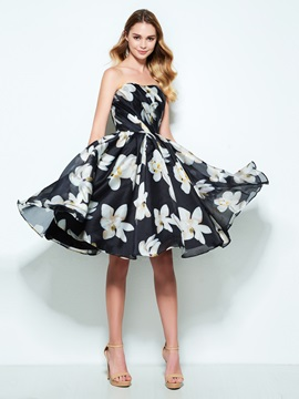Strapless A Line Pleats Printing Homecoming Dress