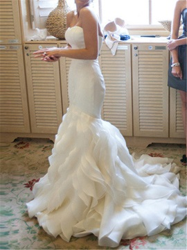 Sweetheart Tiered Court Train Mermaid Wedding Dress