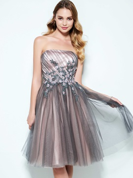 Strapless A Line Pleats Appliuqes Homecoming Dress