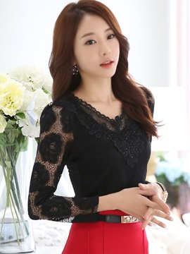 Chic Sequins Decoration V Neck Lace T Shirt