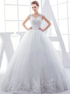 V Neck Beaded Appliques Ball Gown Tulle Wedding Dress