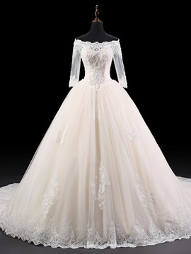 Elegant Off The Shoulder Beaded Appliques Half Sleeves Ball Gown Wedding Dress