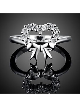 Bow Shaped Diamante Ring