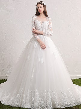 Charming Scoop Appliques Ball Gown Long Sleeves Wedding Dress