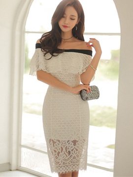 Solid Color Boat Neck Lace Bodycon Dress