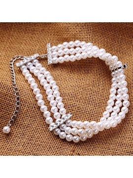 Three Layers Short Artificial Pearls Necklace