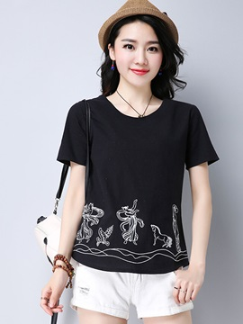 Loose Round Neck Embroidery T Shirt