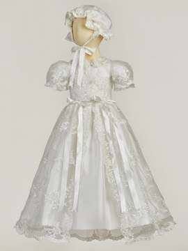 Appliques Baby Girls Christening Gown With Bonnet