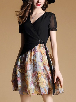 Vogue Short Sleeve V Neck Skater Dress