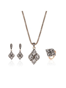 Full Drill Prismatic Leaves Shaped E Plating Pendant Necklace Rings Graceful Jewelry Sets