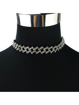 Diamante Hollow Out Catenating Square Necklaces