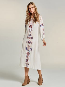 Bohoartist Floral Embroideried Womens Dress