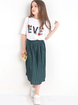 Stylish Letter Printed T Shirt And Solid Color Pleated Skirts Girls Outfit