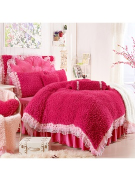 Wannaus Romantic Rose And Lace Embellishment Red 4 Piece Velvet Duvet Cover Sets