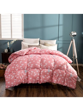 White Flower Blooming Pattern Pastoral Style Red Feather Fabric Winter Quilt