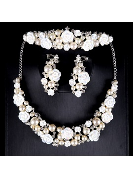 Two Zone Pearl Flower Romantic Wedding Jewelry Sets Including Headpiece Necklace And Earrings