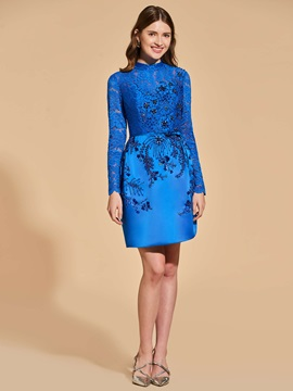 Beading Button Sheath Lace Cocktail Dress