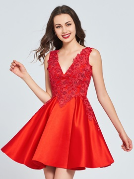 A Line V Neck Appliques Backless Homecoming Dress