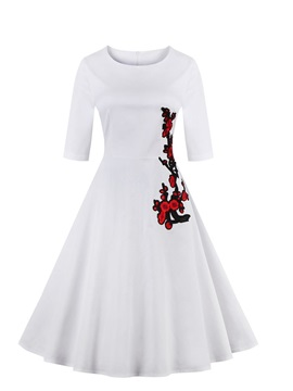 Knee Length Short Sleeves White A Line Homecoming Dress