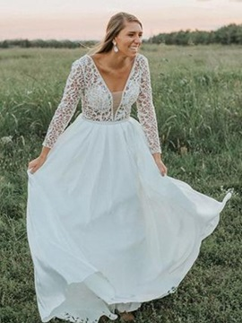 Long Sleeve Lace Beading Plus Size Wedding Dress