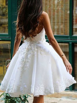 Sweetheart Appliques Knee Length A Line Wedding Party Dress 2019
