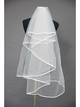 Attractive Fingertip Wedding Veil With Ribbon Edge
