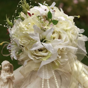 Gorgeous Yellow White Silk Cloth Wedding Bridal Bouquet With White Lily